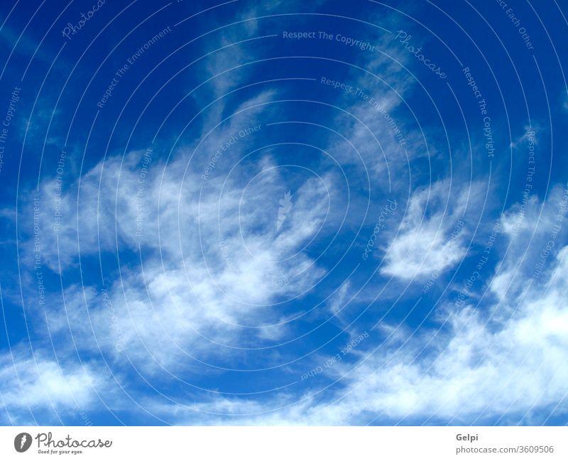 Wunderschöner blauer Himmel Air Hintergrund Schönheit hell Cirrus Sauberkeit übersichtlich Klima Cloud Wolkenlandschaft wolkig Farbe Kondenswasser Kumulus Tag