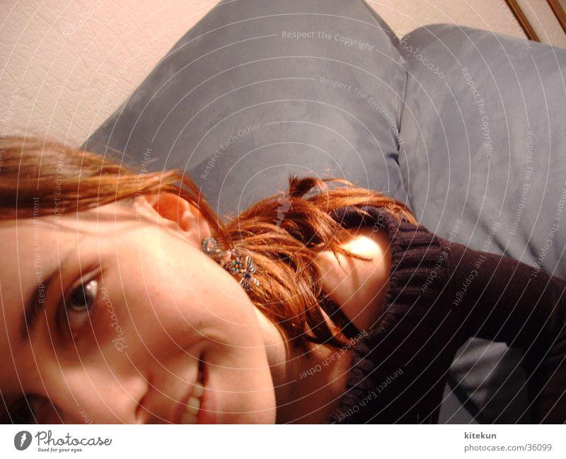 Flucht Mädchen Frau Auge Freude lachen Haare & Frisuren Zähne