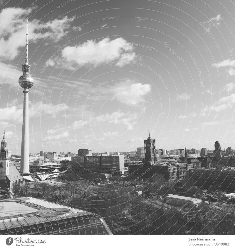 Berlin von oben Berliner Fernsehturm Berliner Dom Kultur Himmel Wolken Wahrzeichen