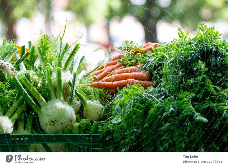 Markt-Produkte Marktplatz Gemüse Bioprodukte Lebensmittel Vegetarische Ernährung frisch Gesundheit lecker Diät Vegane Ernährung Salatbeilage Essen Abendessen