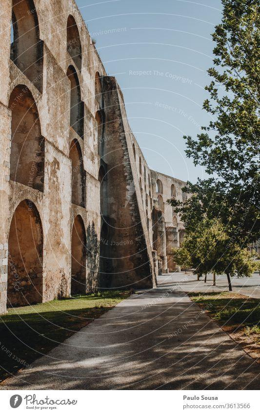 Aquädukt in Elvas, Portugal unesco UNESCO-Weltkulturerbe Architektur Ferien & Urlaub & Reisen Tourismus Außenaufnahme Wahrzeichen Farbfoto antik Erbe Natur
