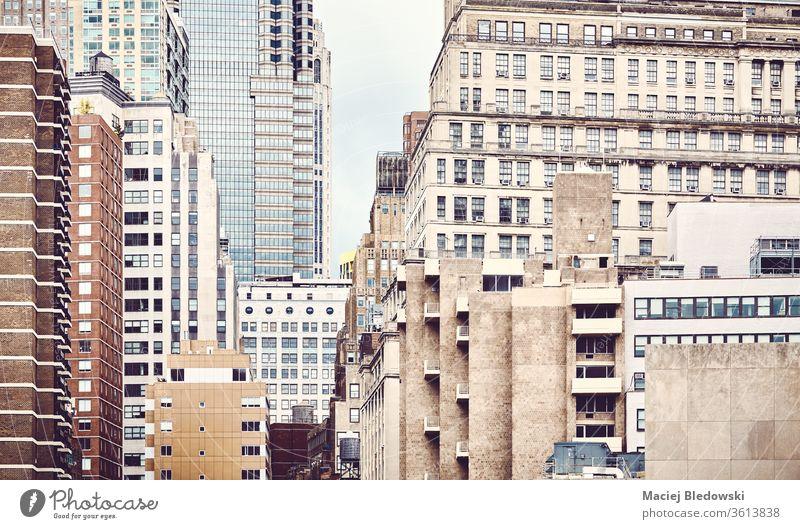 New York City Architektur, angewandte Farbtönung, USA. Großstadt New York State Manhattan Gebäude Wolkenkratzer Business District Büro Appartement alt modern