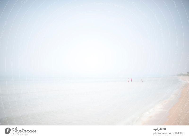 heller Freizeit & Hobby Ferien & Urlaub & Reisen Tourismus Ausflug Freiheit Sommer Sommerurlaub Sonne Sonnenbad Strand Meer wandern Mensch maskulin feminin