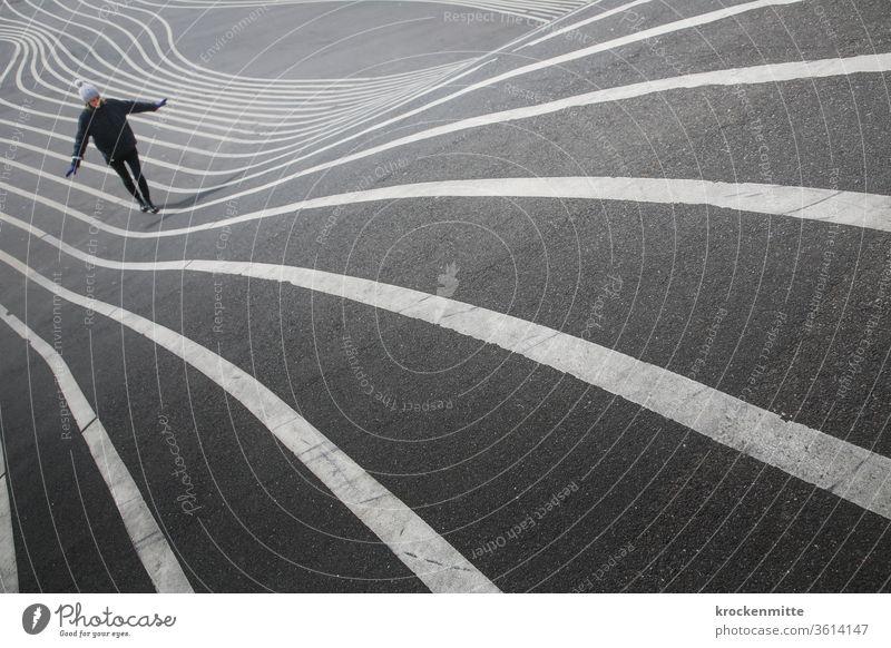 stromlinienförmige Markierung – Superkilen in Kopenhagen Außenaufnahme Farbfoto geschwungen Muster Asphalt Landschaftsarchitektur Linie Symmetrie Design