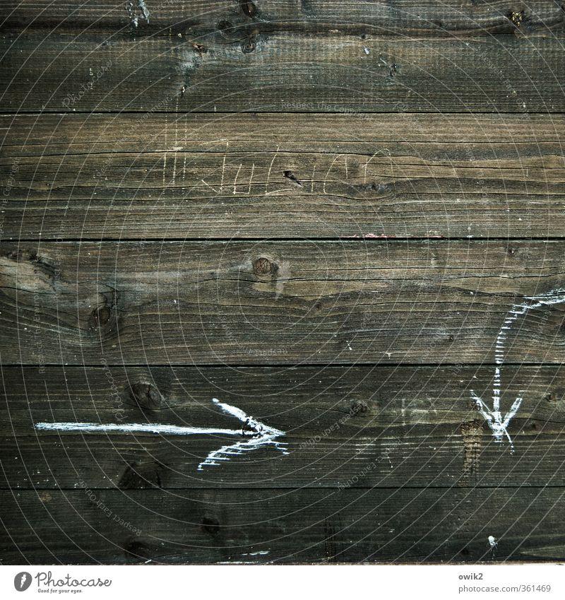 Wegbeschreibung Bretterwand Holzwand Maserung Zeichen Schilder & Markierungen Pfeil alt dunkel dünn authentisch einfach einzigartig Gruß Namensschild zeigen