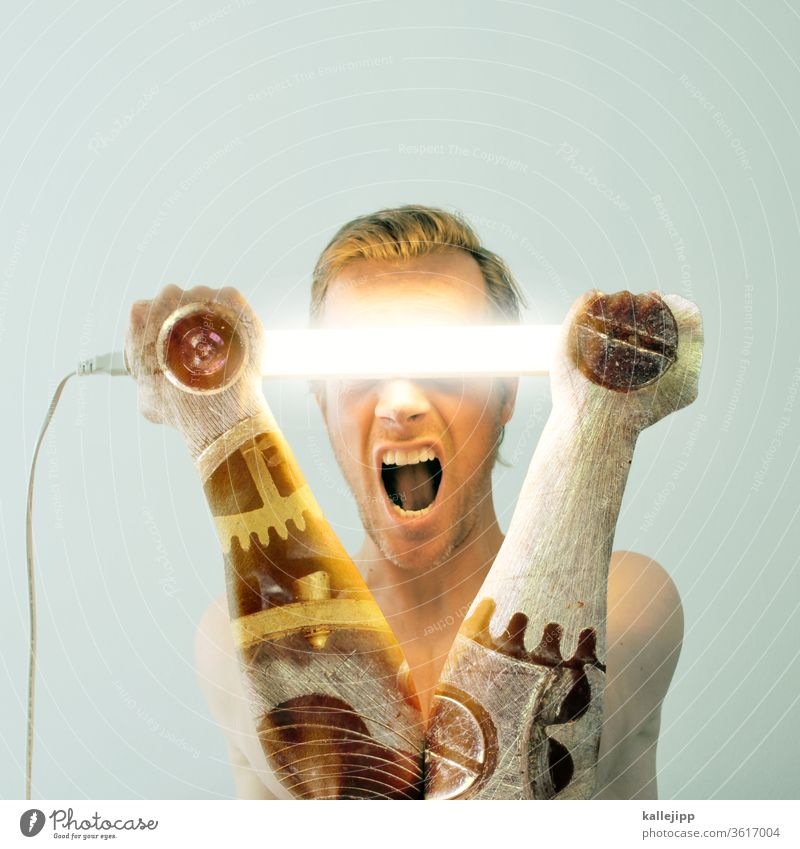 Copyright 2008 kallejipp / Photocase, alle Rechte vorbehalten. uhrwerk neonlicht neonfarbig human Mann Lampe Nacht Licht Beleuchtung Leuchtreklame Neonlicht