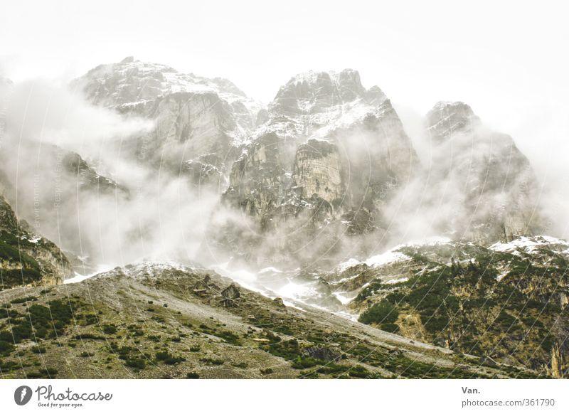 Stubai Ferien & Urlaub & Reisen Berge u. Gebirge wandern Natur Landschaft Himmel Wolken schlechtes Wetter Nebel Schnee Sträucher Hügel Felsen Alpen