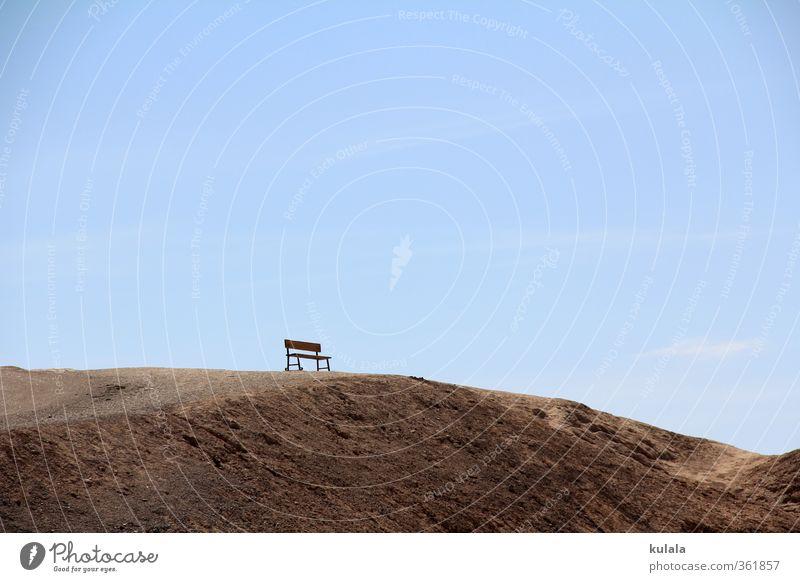 Einsame Bank Natur blau Erholung Einsamkeit Landschaft ruhig Stein Sand Felsen Stimmung braun wandern Schönes Wetter Hügel USA Wüste