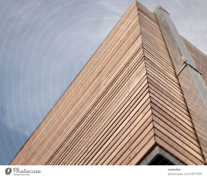 Alles nur Fassade Wohnung Fortschritt Zukunft Haus Bauwerk Gebäude Architektur Mauer Wand Schornstein Holz Metall Häusliches Leben hell blau braun silber