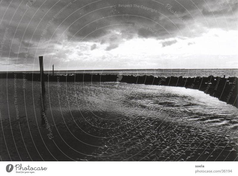 Ameland Wasser Meer dunkel Nordsee