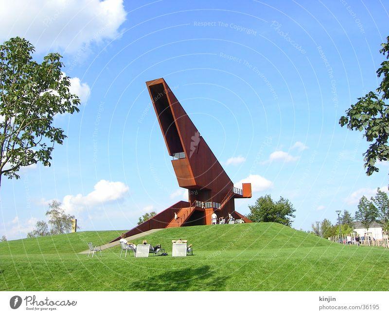 Luxemburger Denkmal auf der LGS Trier Natur Metall Architektur modern