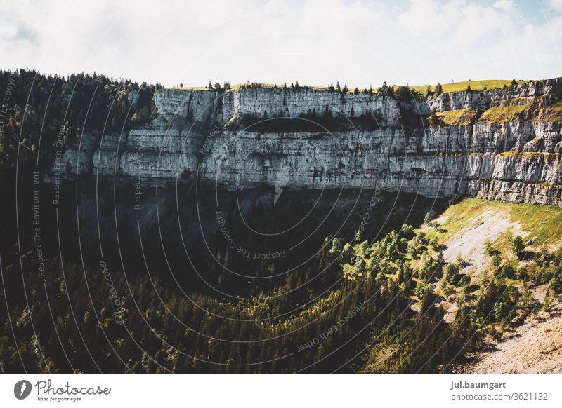 Creux du van Schweiz Creux du Van Neuenburg Natur canyon Felswand