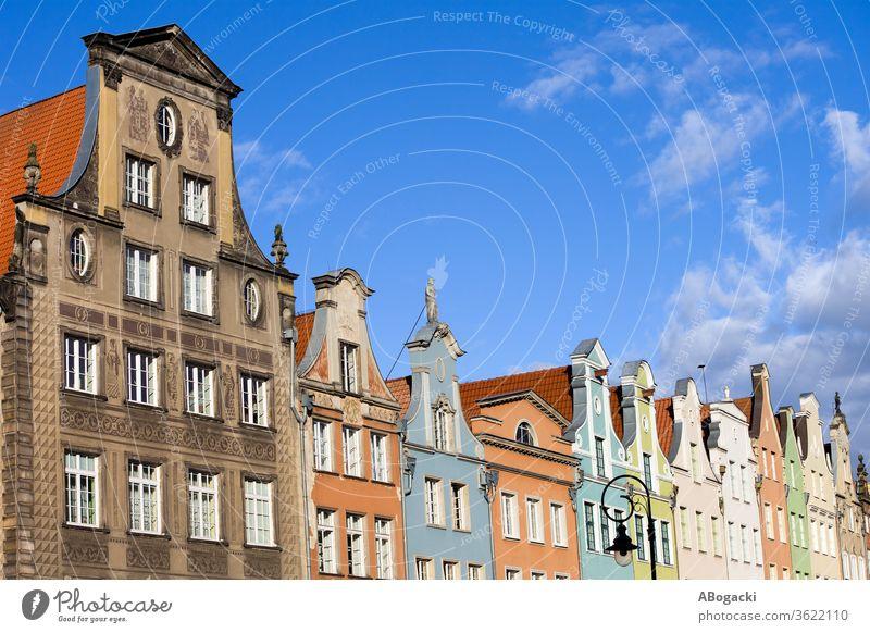 Reihe von Mietskasernen, historische Wohnhäuser mit Giebeln in der Stadt Danzig in Polen Gdánsk danzig Kultur Erbe polnisch Europa Gebäude Architektur reisen