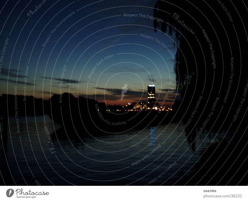 Abenstimmung an der Spree Treptow Abenddämmerung Sonnenuntergang Bündnis ruhig Stadt Berlin Treptower Osthafen Natur