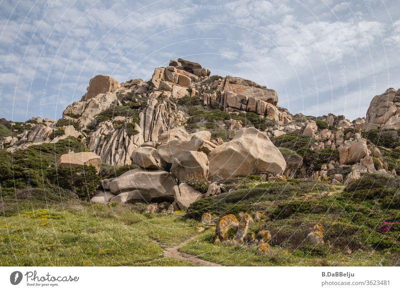 Capo Testa –Sardinien - bizarr geformt beeindruckende Granitfelsen im Valle di Luna. Das Paradies für die 68er….. Felsen Reisefotografie 68er generation Hippie