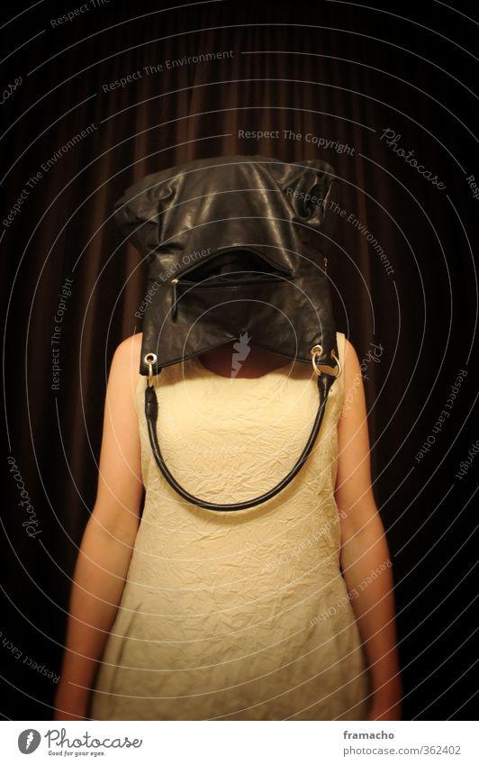 blind Mensch Frau Erwachsene Leben Gefühle feminin außergewöhnlich Lifestyle Mode braun Design stehen Bekleidung kaufen Kleid trashig