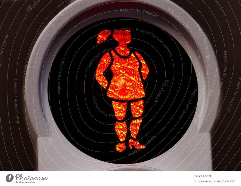 nonchalant steht die Niederländerin an der roten Ampel Freisteller Zopf Niederlande Zeitraum leuchtsignal Technik & Technologie Fußgänger Verkehrszeichen