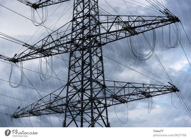 #Hochspannung hochspannung strom energie hochspannungsleitung kraftwerk grüne energie ökostrom kabel wolken