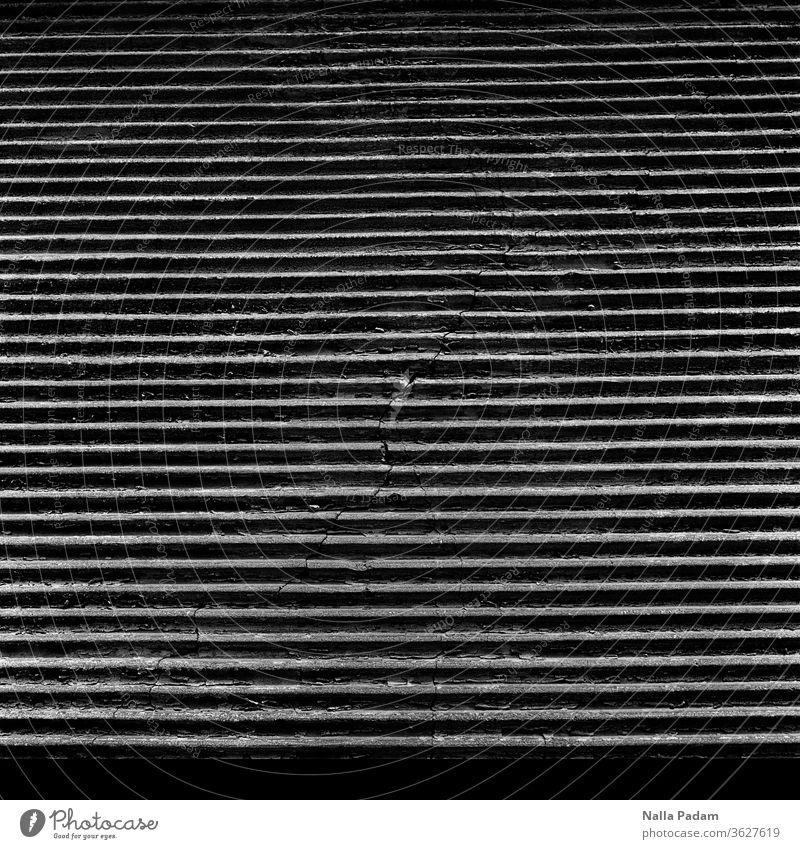 Riss in Wand Außenaufnahme Strukturen & Formen Menschenleer Fassade Detailaufnahme Mauer Putz verfallen Wandel & Veränderung analog alt Schwarzweißfoto