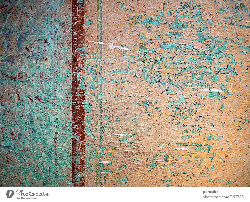 untermieter | schichtwechsel Mauer Wand Fassade Dekoration & Verzierung Zeichen Verfall Vergangenheit Vergänglichkeit Tapete Putz Niveau Altstadt Altbau
