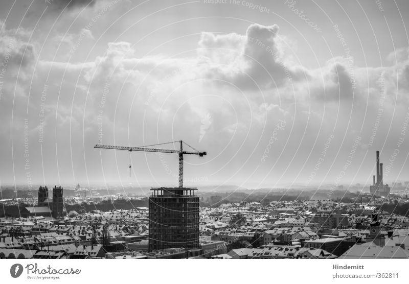 LOKALKOLORIT | Blickrichtung Süden Himmel Wolken Gewitterwolken Winter schlechtes Wetter Schnee München Stadt Hauptstadt Stadtzentrum Altstadt Skyline