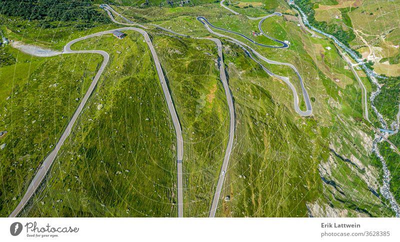 Berühmter Furkapass in den Schweizer Alpen - Die Schweiz von oben Natur Antenne Fotografie reisen Ansicht Cloud Landschaft hoch Horizont idyllisch Reise