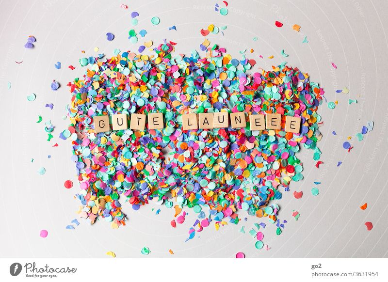 Gute Laune Spaßgesellschaft Freude spass Konfetti Party Feier Feste & Feiern Geburtstag Karneval Fröhlichkeit bunt Lebensfreude Silvester u. Neujahr Vorfreude