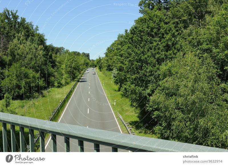 Blick von Brücke Straße Bundesstraße Verkehrswege Außenaufnahme Landstraße Ferien & Urlaub & Reisen