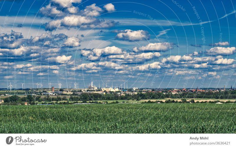 Landschaftsporträt  Sachsen-Anhalt Wolken blau Feld Stadt grün Samstag Industrie nikon sky bunt wunderbar schön Sommertag unterwegs