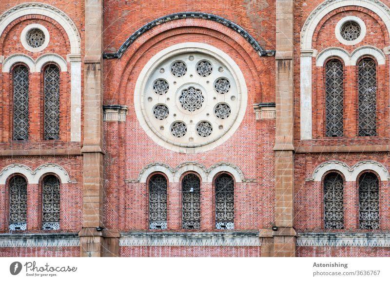 Kathedrale Notre-Dame, Saigon, Ho-Chi-Minh-City, vietnam Ho-Chi-Minh-Stadt Vietnam Gebäude Fassade Kirche Fenster Bauwerk Architektur Fensterrose rund Formen