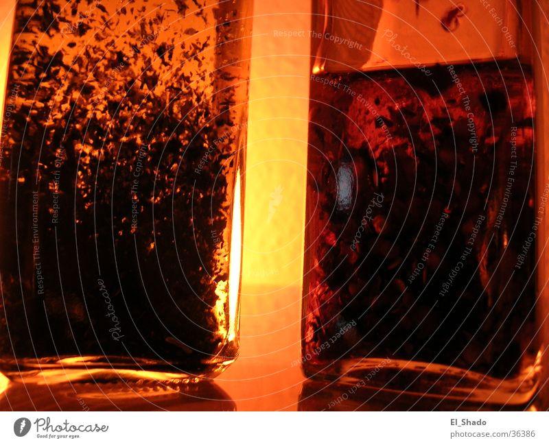 im Fluß orange Dinge Flasche Alkohol Erdöl Korn