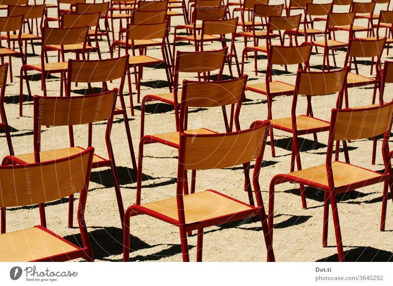 take a seat stühle - outdoor Stuhlreihen Veranstaltung Outdoor Open Air sitzen Bestuhlung viele