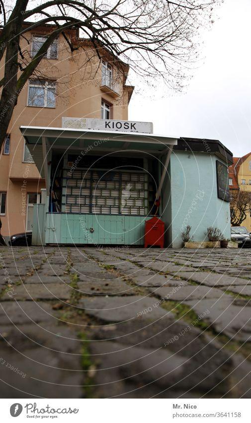Büdchen geschlossen zugesperrt Kiosk Gebäude verkaufsstand Angebot Buden u. Stände Handel Imbiss kaufen Schilder & Markierungen Snack Frühstückspause
