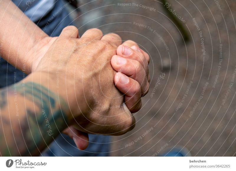 lieblingsmensch | mit dir hand in hand Hand in Hand Liebe Familie & Verwandtschaft Mutter Sohn Kind Eltern Kindheit Glück Zusammensein gemeinsam nähe Vertrauen