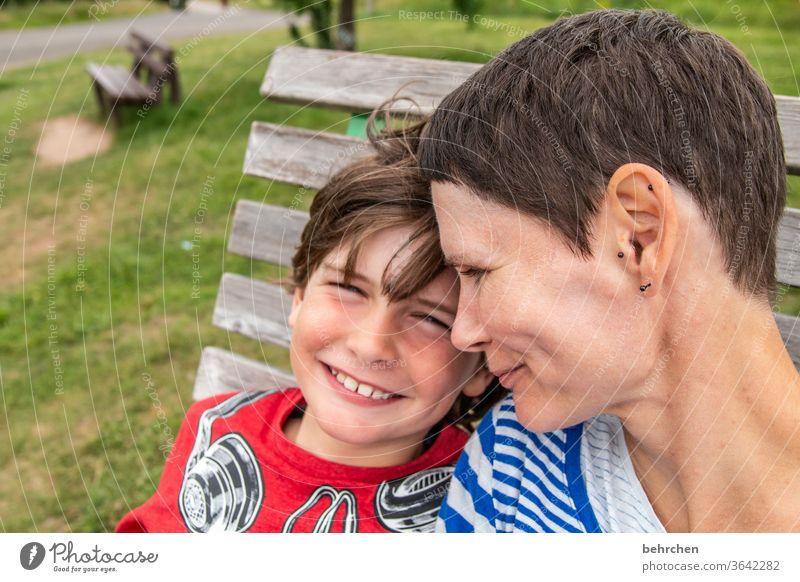 lebensnotwendig | liebe selfie Freude Junge Eltern Mutter Familie & Verwandtschaft Kindheit Lächeln lachen frech Sohn Liebe Zusammensein Vertrauen Zufriedenheit