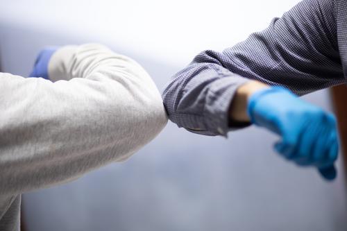 Ellbogenhöcker Gesundheit Krankheit Virus Korona Coronavirus Schutz Infektion Pandemie medizinisch Hygiene Menschen Pflege Sicherheit Hände schütteln Seuche