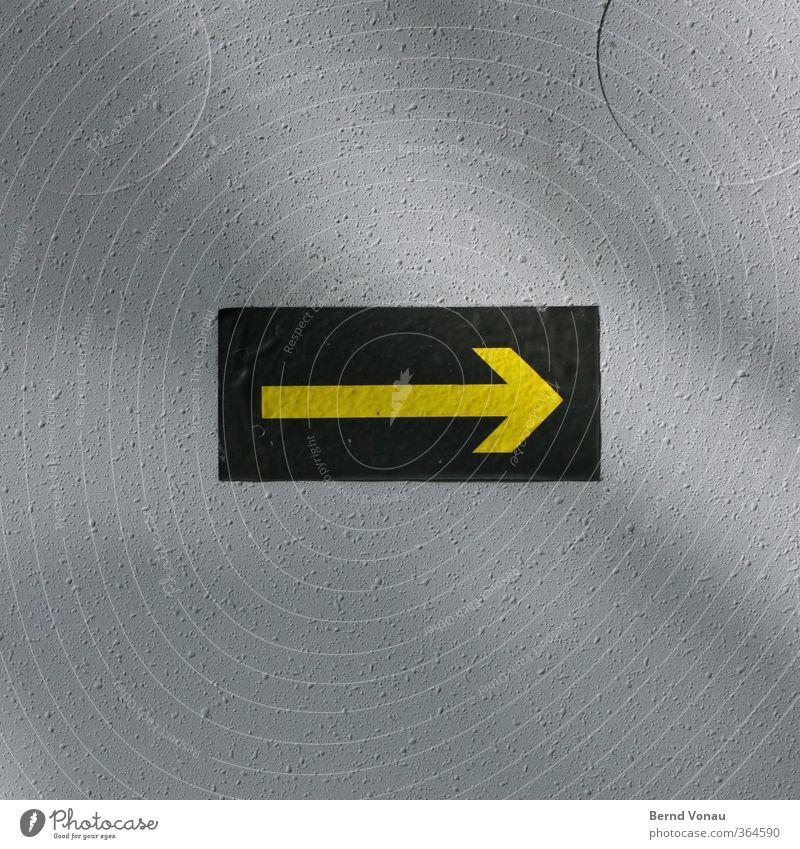 Rechts Halten Zeichen Schilder & Markierungen Blick grau gelb grün Etikett Hinweis Hinweisschild Wegweiser Verteiler rechts Orientierung matt Kreis Rechteck