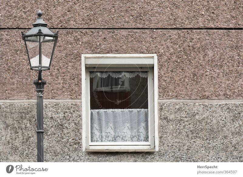 Platten-Idyll 154 Stadt Haus Fenster Wand Architektur Mauer Gebäude Berlin grau Wohnung Fassade Idylle authentisch trist retro Bauwerk