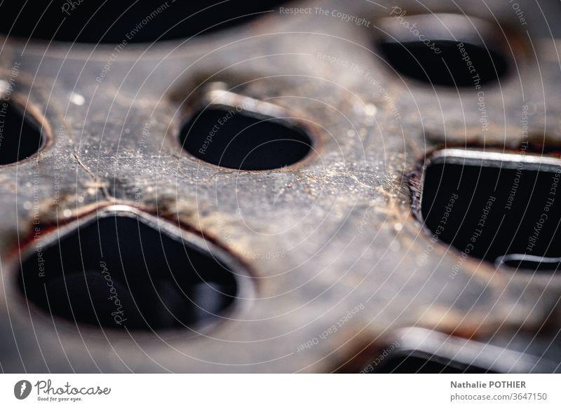 Stahlgitter Metall Farbfoto Detailaufnahme Nahaufnahme Gitterrost Strukturen & Formen Rust Raster alt Industrie