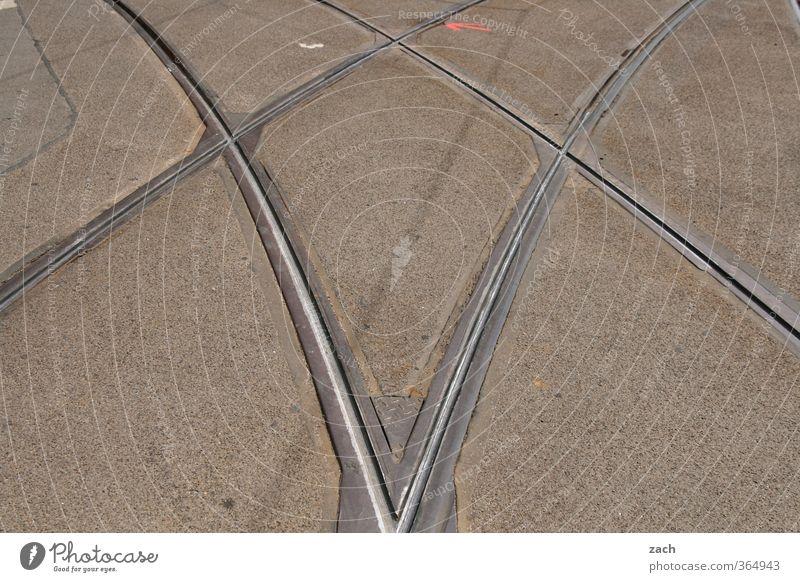 Irrwege Stadt Straße Wege & Pfade grau Metall Linie Verkehr Beton Gleise Verkehrswege Symmetrie Straßenkreuzung Straßenverkehr Straßenbahn Wegkreuzung