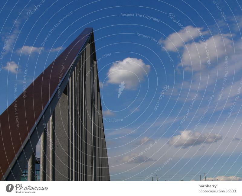 gen Himmel Wolken steigen Eisen Stahl Architektur Geländer blau Metall Treppe
