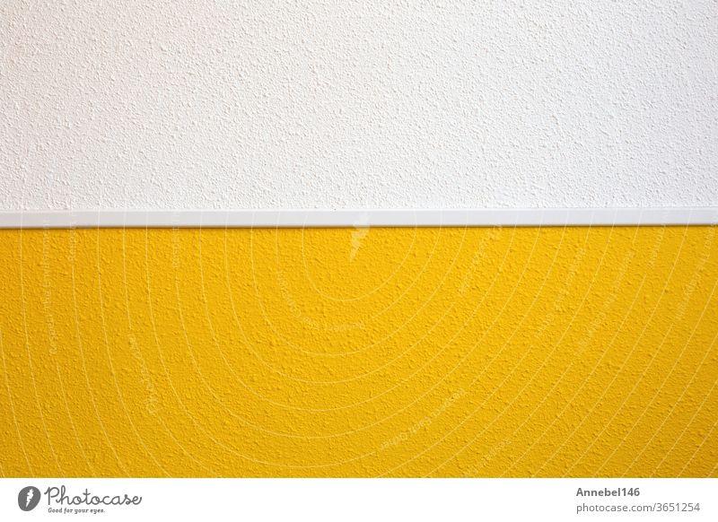 Halbe gelbe Wand Halbe weiße Wand moderne Retro-Design-Inneneinrichtung für den heimischen Hintergrund Textur Farbe Tapete Muster abstrakt retro dekorativ
