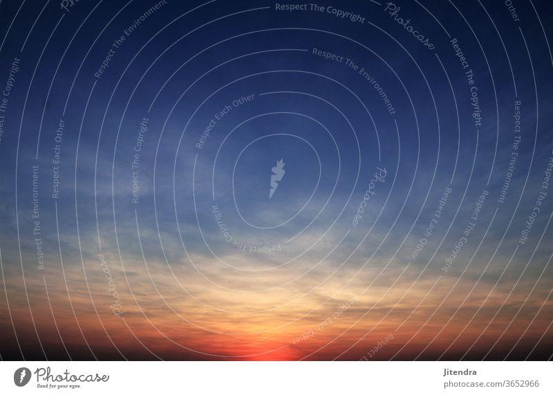 Sonnenuntergang weiter Himmel Landschaft Abend Abendsonne Farbfoto Wolken Abenddämmerung Natur Dämmerung Außenaufnahme Sonnenlicht Menschenleer Umwelt Horizont