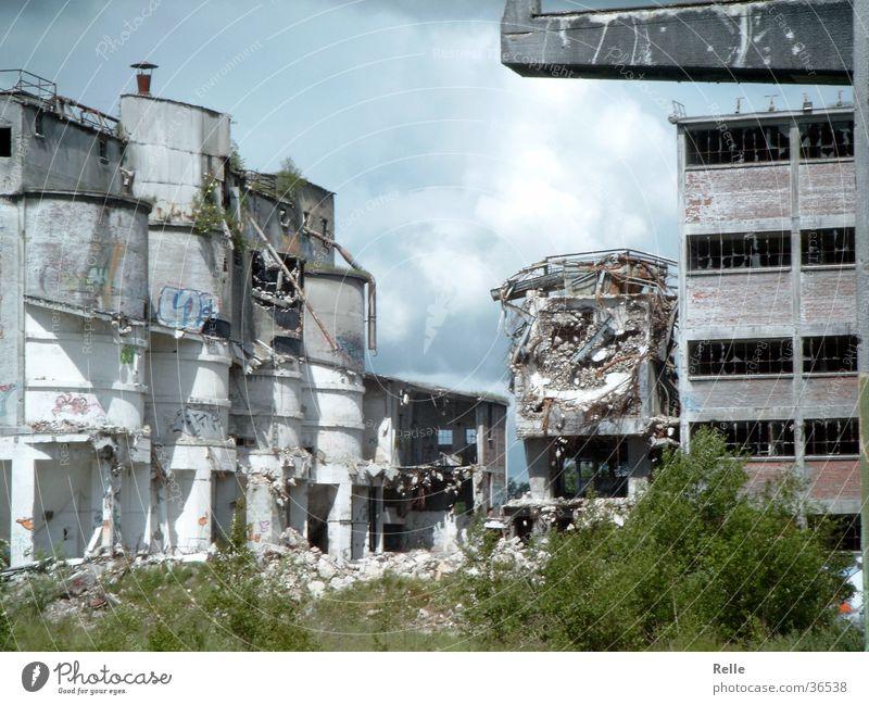schöne aussichten alt Architektur Industriefotografie kaputt verfallen gebrochen Ruine Zerstörung Zusammenbruch Alsen