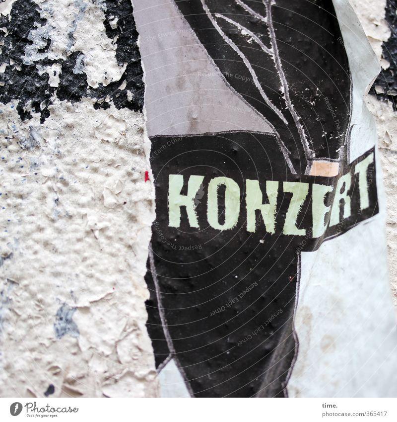 abgerockt alt Stadt Freude dunkel Wand Mauer Kunst Musik Schilder & Markierungen trist Schriftzeichen kaputt Vergänglichkeit Papier Kreativität historisch