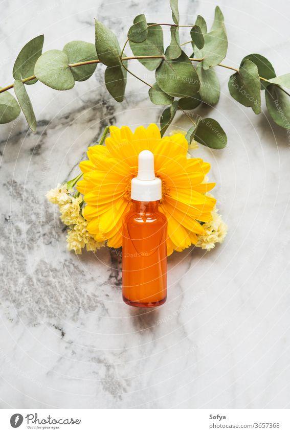 Vitamic C Anti-Aging-Serum in orangefarbener Flasche Vitamin C Schönheit generisch Hyaluronsäure Gesicht Zitrone Sahne Kollagen Reichtum Hautfalten Therapie