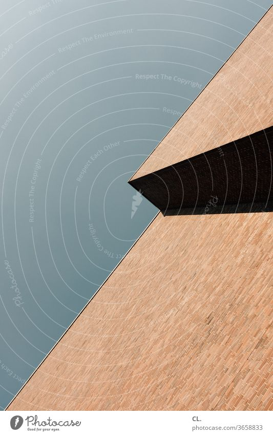 himmel und wand Wand Mauer minimalistisch Minimalismus diagonal Strukturen & Formen Linie abstrakt Detailaufnahme einfach graphisch Himmel eckig Architektur
