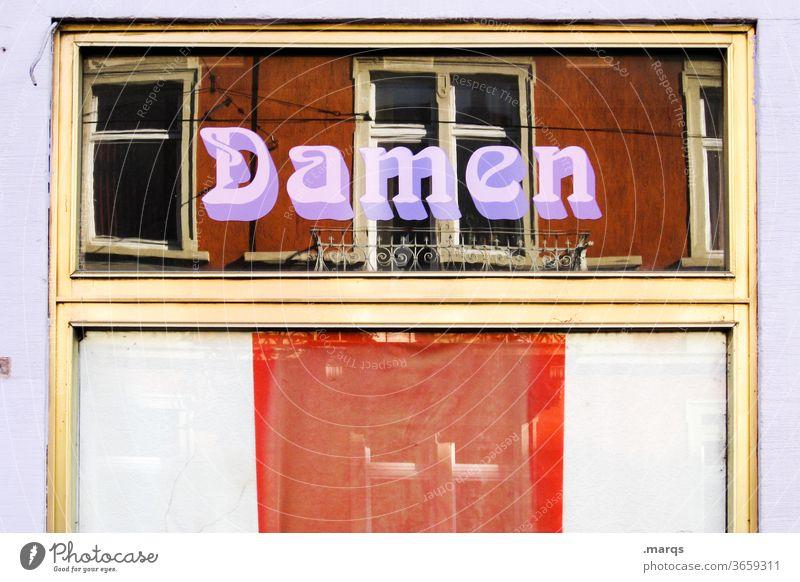 Damen Typographie Friseur Dienstleistungsgewerbe Gewerbe Fenster Schaufenster Frau