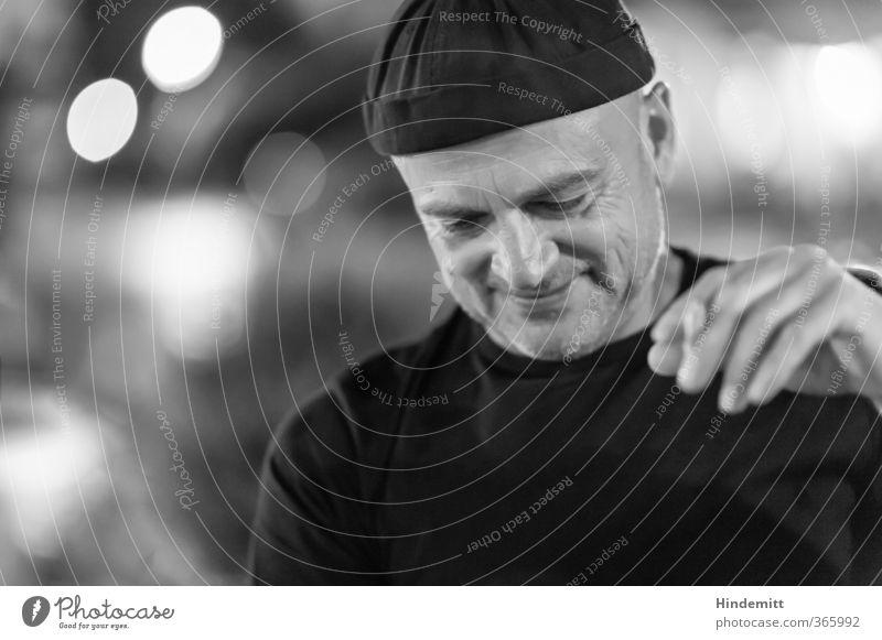 AST6 Inntal | Ziiiemlich lässig Nachtleben Restaurant ausgehen Feste & Feiern Mensch maskulin Mann Erwachsene Gesicht Hand 1 45-60 Jahre T-Shirt Mütze