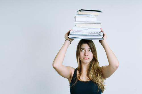 To do Bildung Wissenschaften Erwachsenenbildung Schule lernen Schüler Lehrer Berufsausbildung Azubi Praktikum Studium Student Prüfung & Examen Urkunde Büro